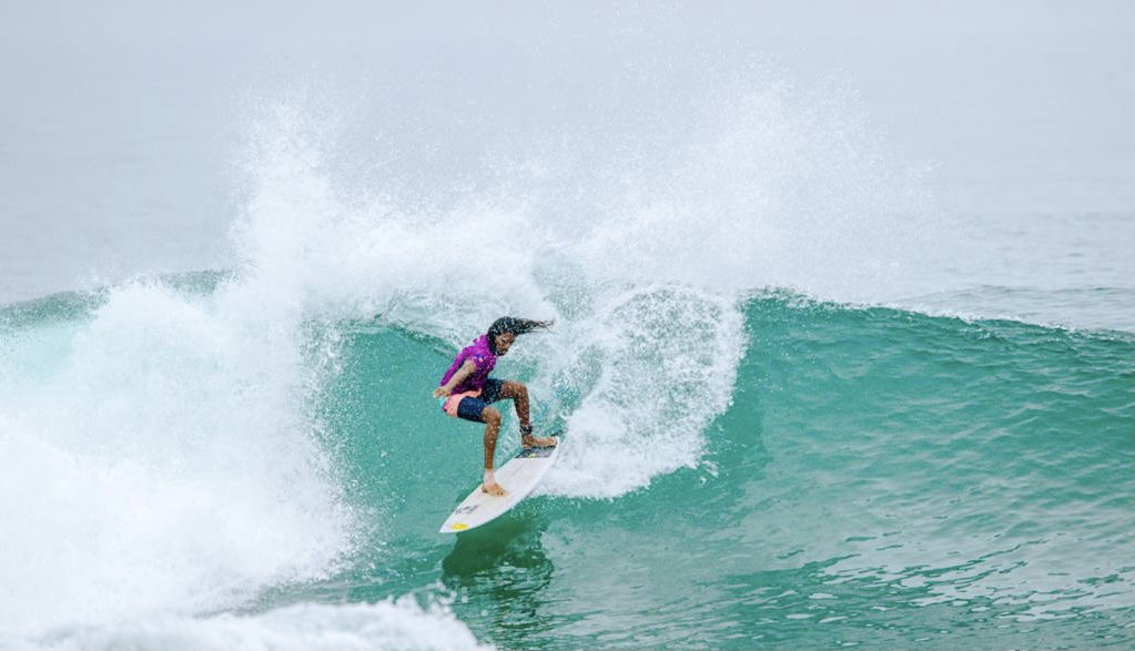 Hikkaduwa, The Surfer - The best surfing and yoga retreat in Sri Lanka and South Asia.