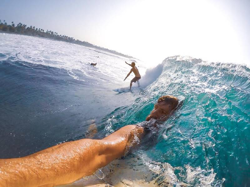 4. Lead your turns, The Surfer - The best surfing and yoga retreat in Sri Lanka and South Asia.